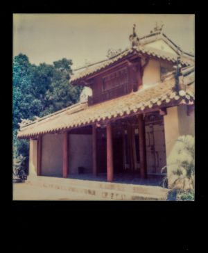 SX70 - Hue - Old temple
